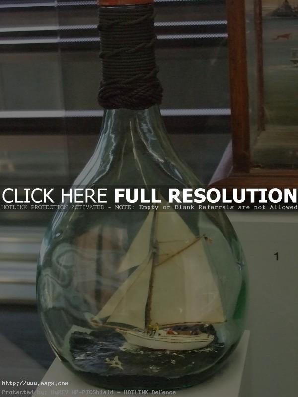 ship in bottle10 Fascinating Ships in a Bottle