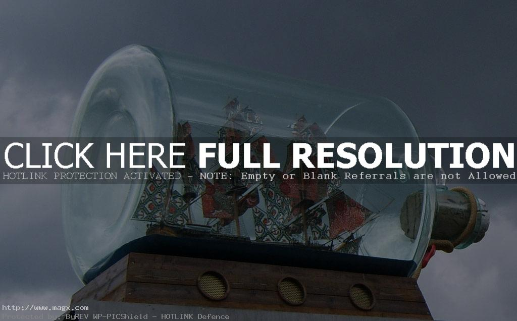 ship in bottle13 Fascinating Ships in a Bottle