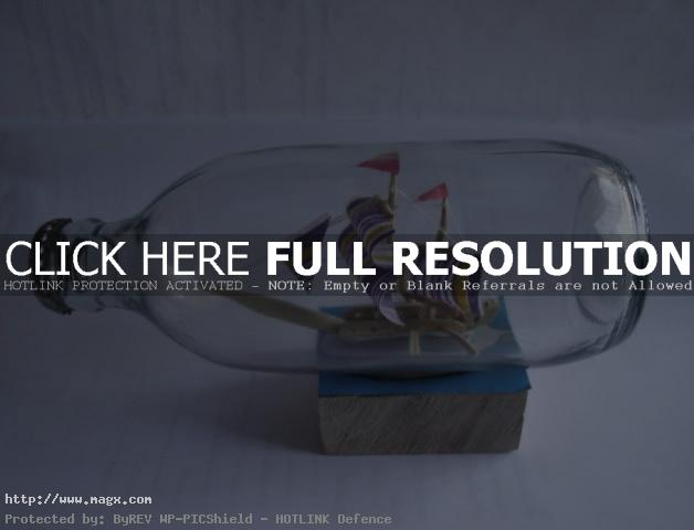 ship in bottle8 Fascinating Ships in a Bottle