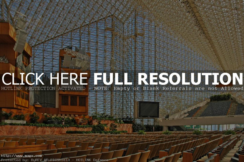 crystal cathedral8 Orange County Megachurch   Chrystal Cathedral