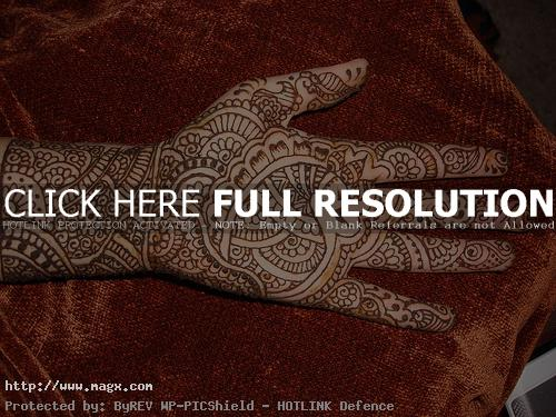 mehndi designs3 Traditional Mehndi Designs