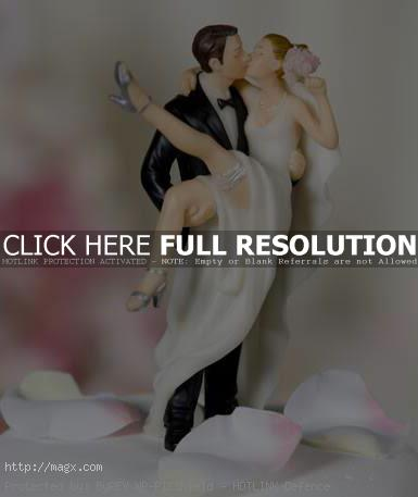 wedding cakes toppers12 Best Wedding Cake Toppers