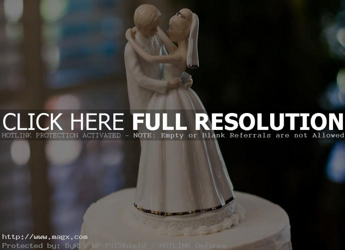 wedding cakes toppers14 Best Wedding Cake Toppers