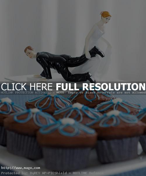 wedding cakes toppers5 Best Wedding Cake Toppers