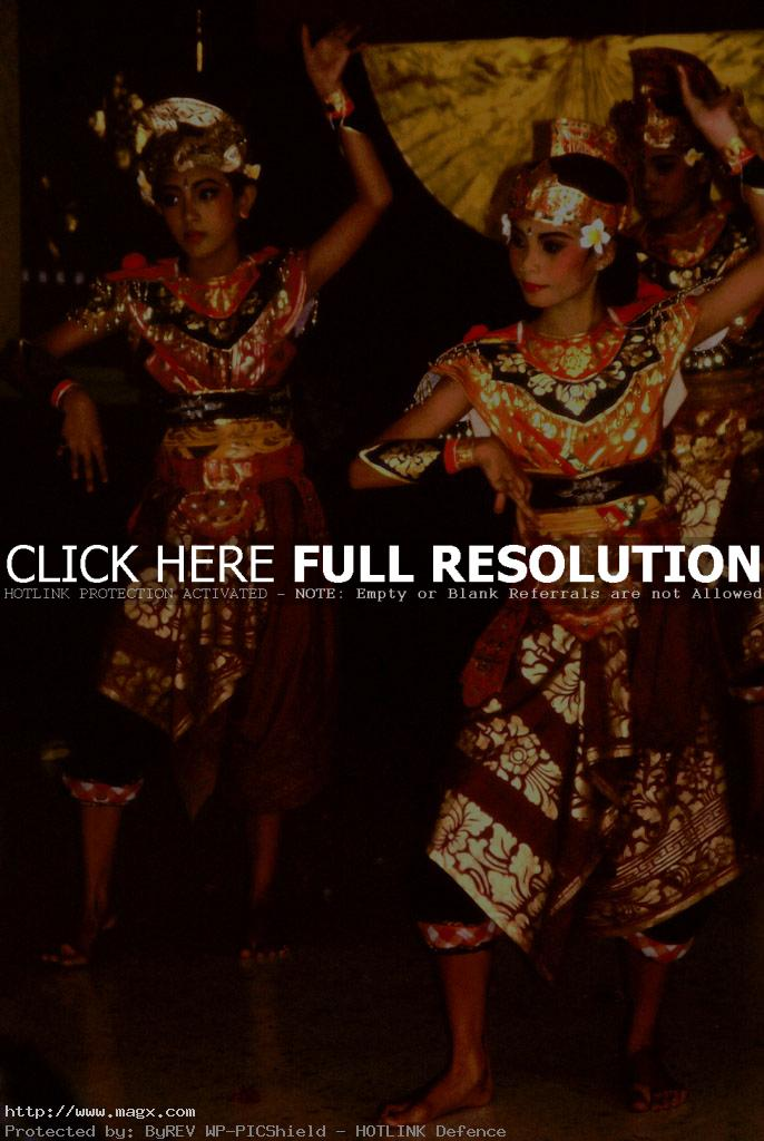 bali dance12 Traditional Balinese Dance