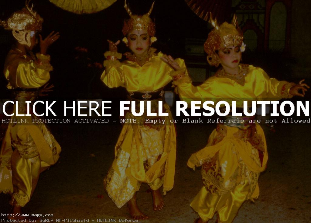 bali dance3 Traditional Balinese Dance