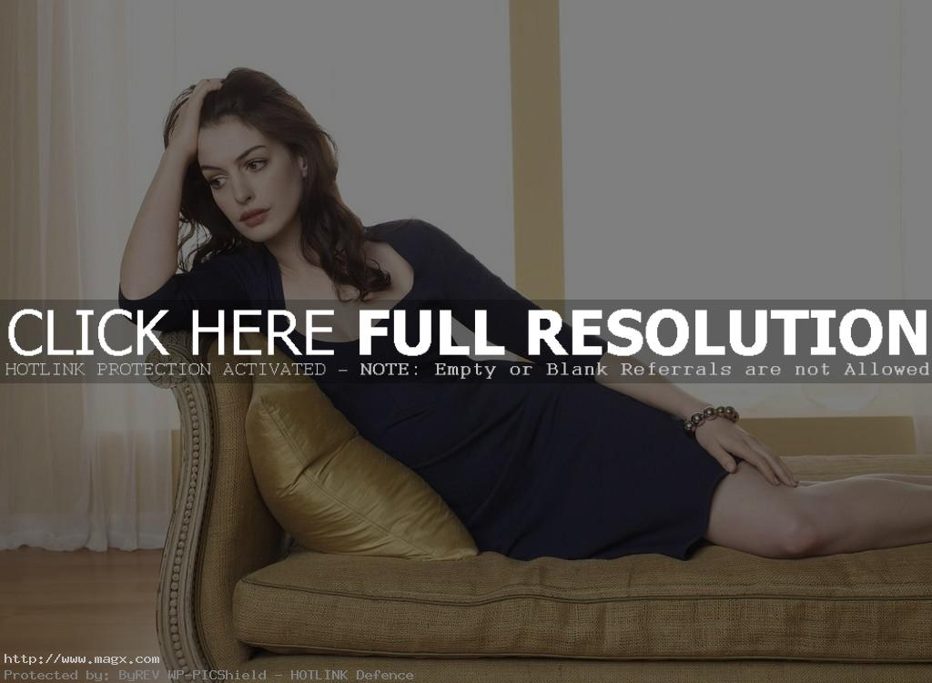 anne hathaway13 Anne Hathaway Biography and Hot Photos