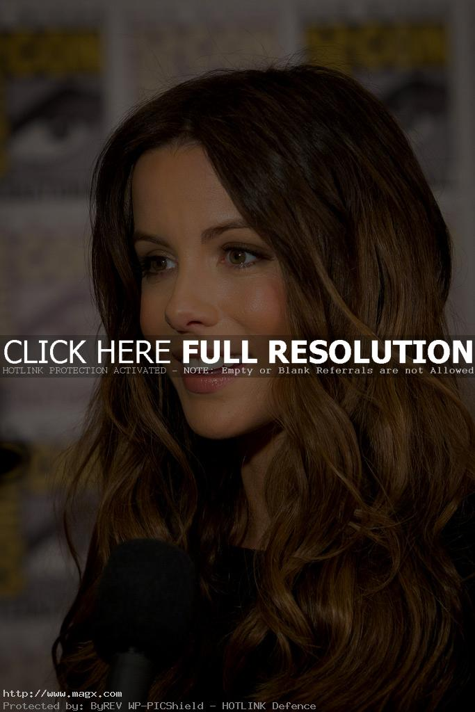 kate beckinsale11 Attractive Kate Beckinsale Looks Glamorous