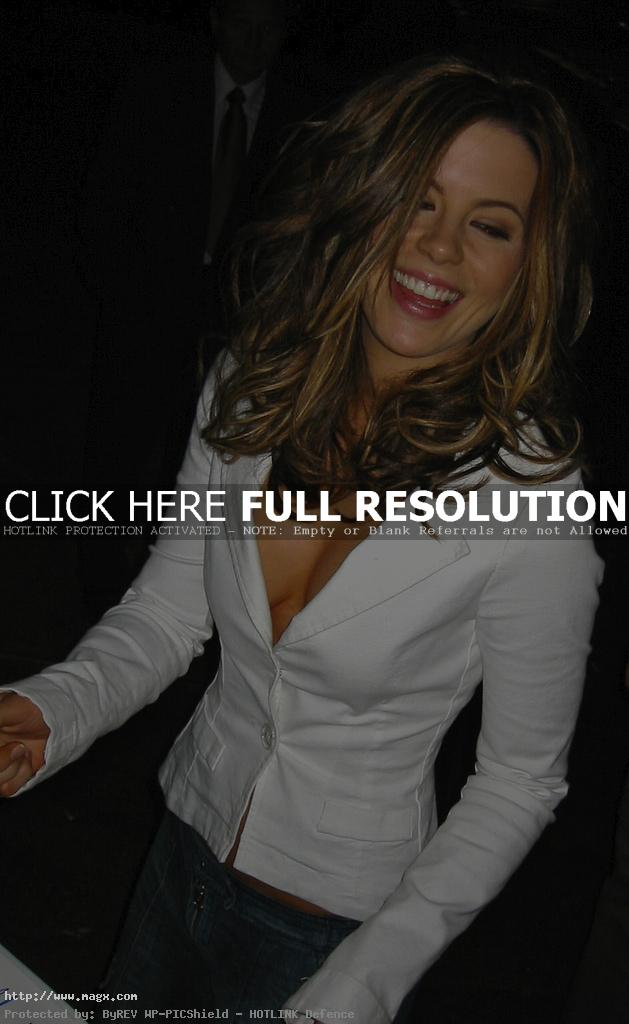 kate beckinsale7 Attractive Kate Beckinsale Looks Glamorous