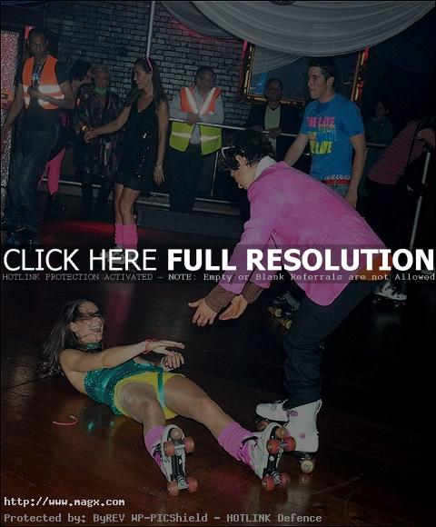 kate middleton5 Next Queen of England at Roller Disco