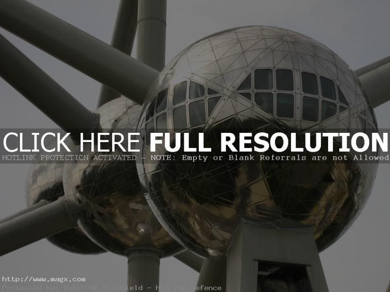 atomium2 The Atomium   Dominant Building of Brussels