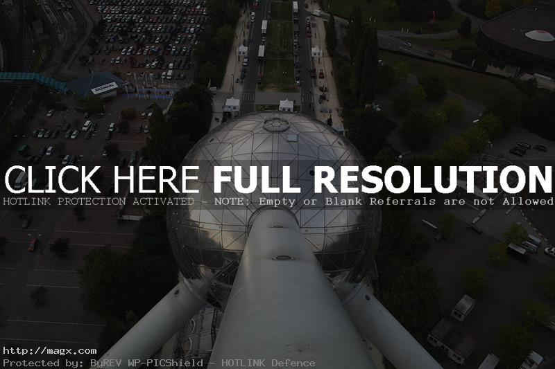 atomium5 The Atomium   Dominant Building of Brussels