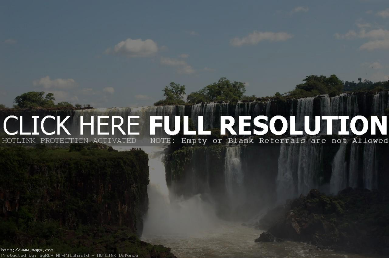 iguassu falls3 The Most Beautiful Waterfalls of The World   Iguazu Falls, Argentina