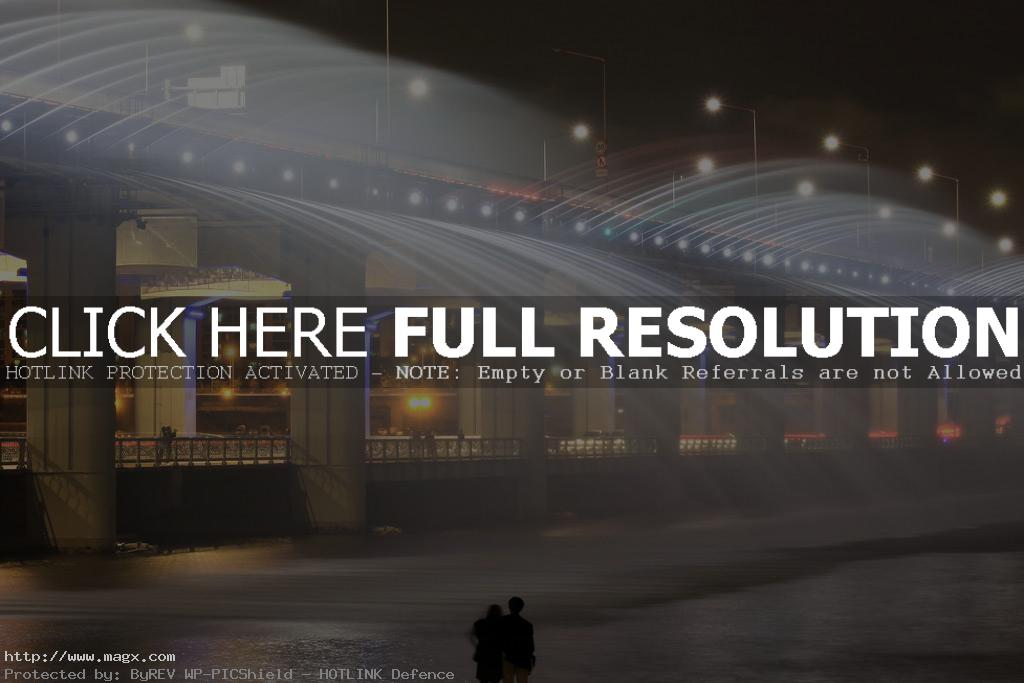 banpo bridge2 Rainbow Fountain Banpo Bridge in Seoul, South Korea