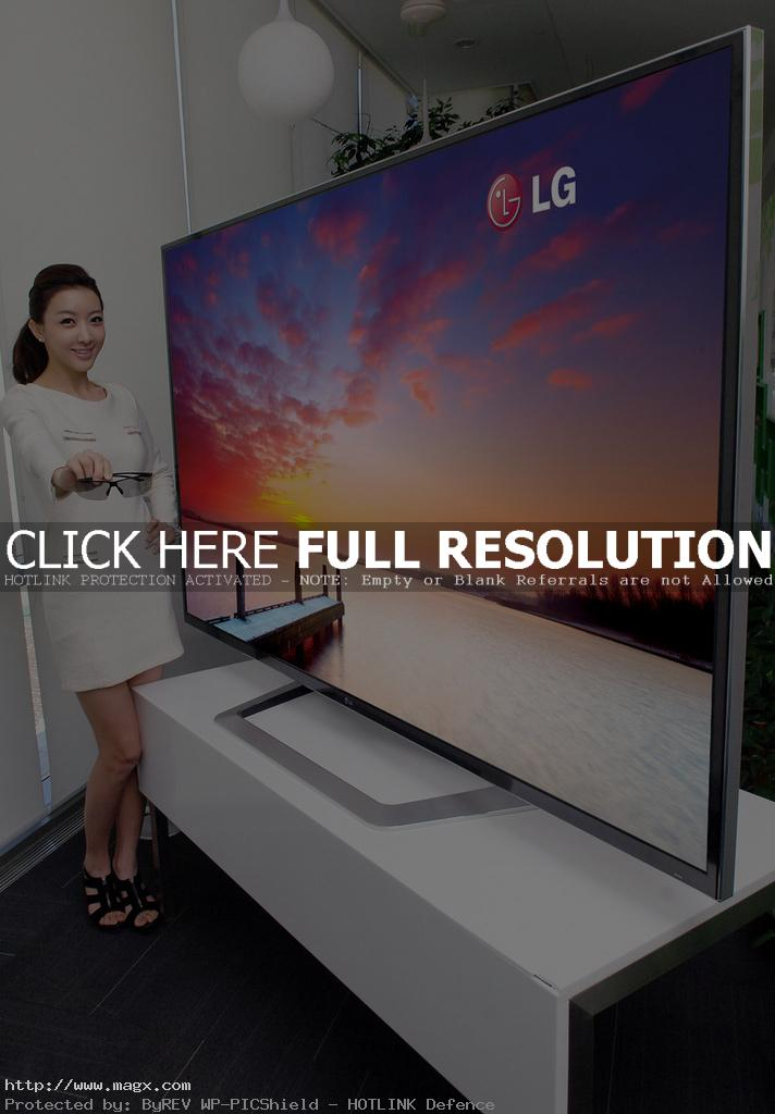 lg smart tv1 Worlds Largest 3D Ultra Definition HDTV and Smart TV by LG at CES 2012