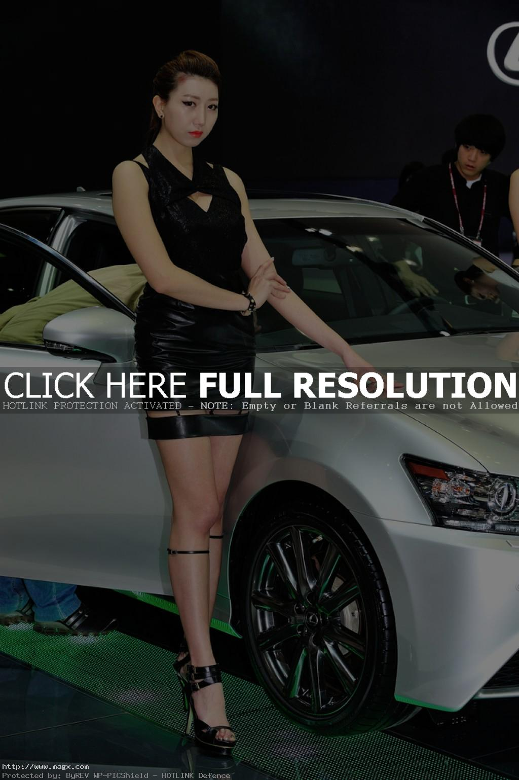 korean girls12 Most Beautiful Promotional Models of Seoul Motor Show 2013