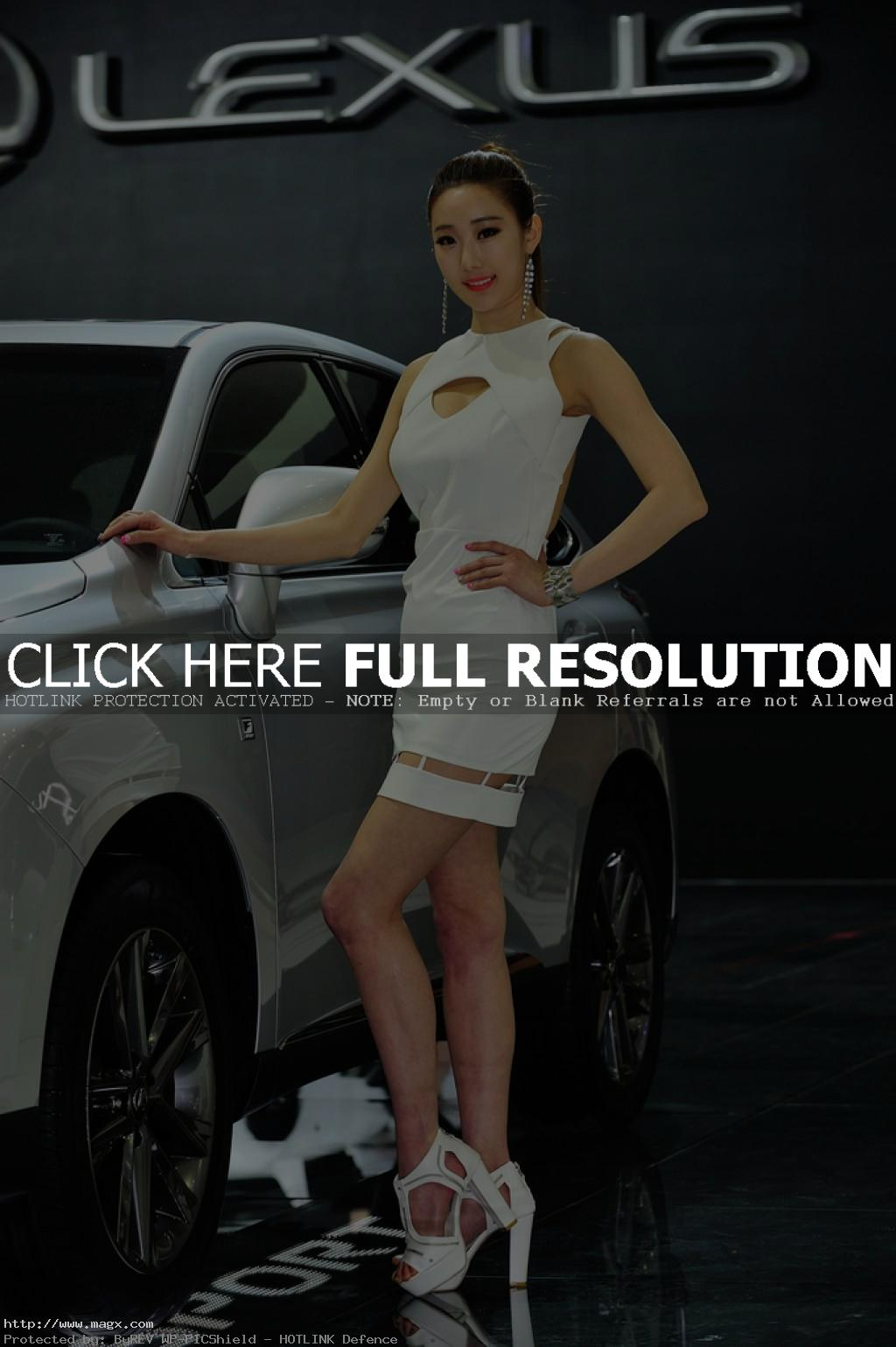 korean girls13 Most Beautiful Promotional Models of Seoul Motor Show 2013